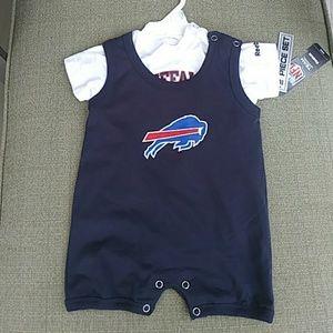 Brand new Reebok NFL Buffalo Bills two piece set